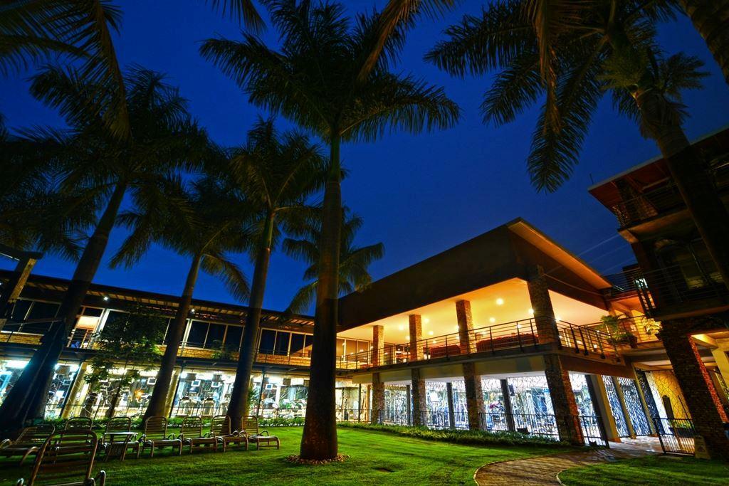 Kabira Country Club Uganda Tourism Center